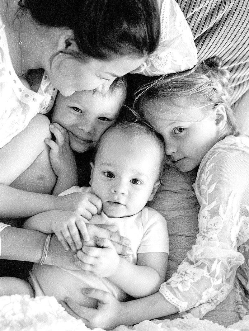 Family HK photographer| The best family photogrpaher in Hong Kong |Pim Yanaprasart | Pim Photography | Hk| Hong Kong